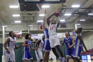 Grizzlies down IWCC for 2nd time this season at Holiday Inn Toy Toss Classic