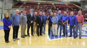 Former chancellor recognized for role in starting Grizzly Athletics