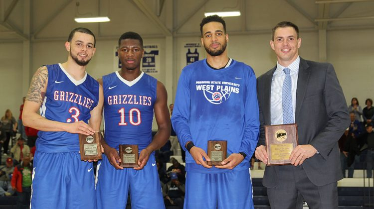 3 Grizzlies receive All-Region 16 honors