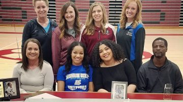 Grizzly Volleyball team signs 1st recruit for 2018 season