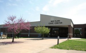 The main entrance to the West Plains Civic Center.