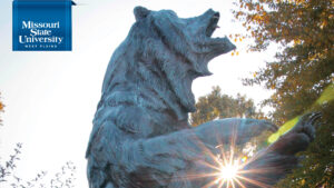 Zoom background: Grizzly Statue of Missouri State-West Plains